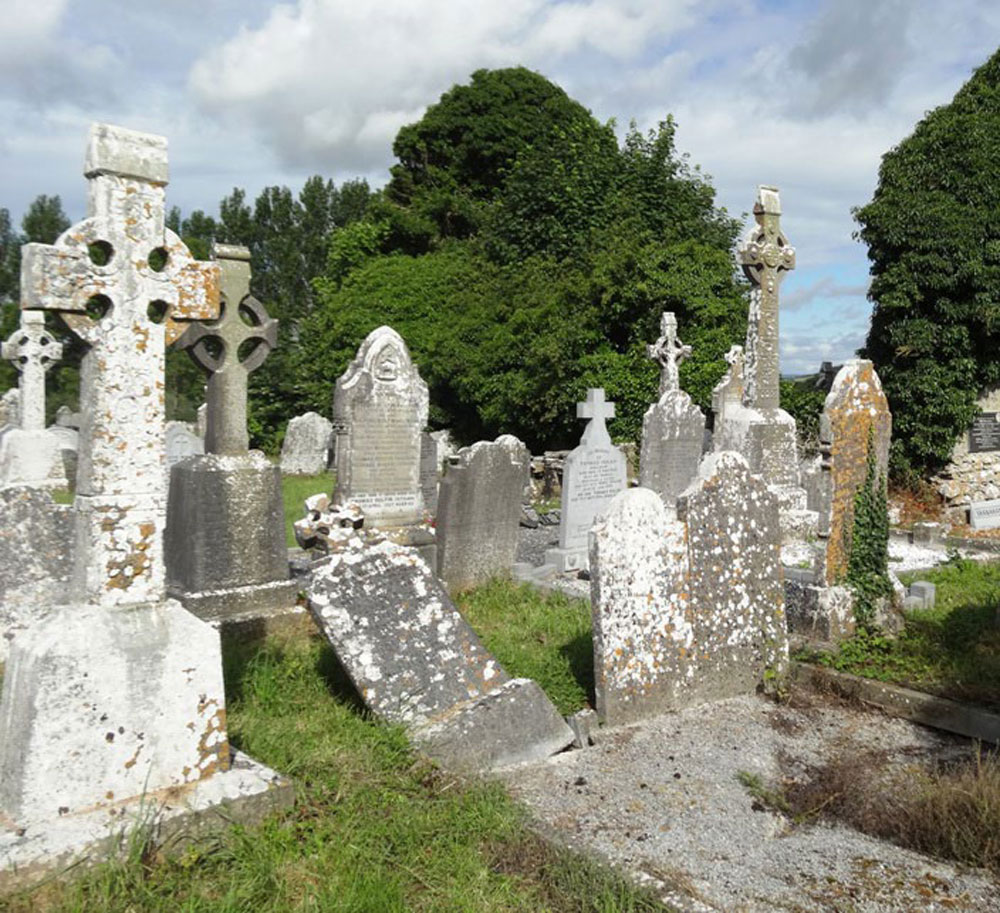 Ballinure-Graveyard-2
