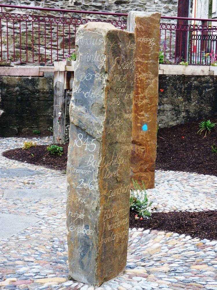 2-Standing-stones